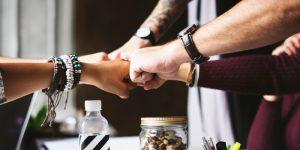 eBook Guia de como implementar uma equipe de vendas com sucesso