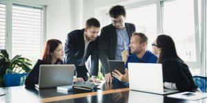 10 razões pelas quais os vendedores precisam usar uma ferramenta de CRM